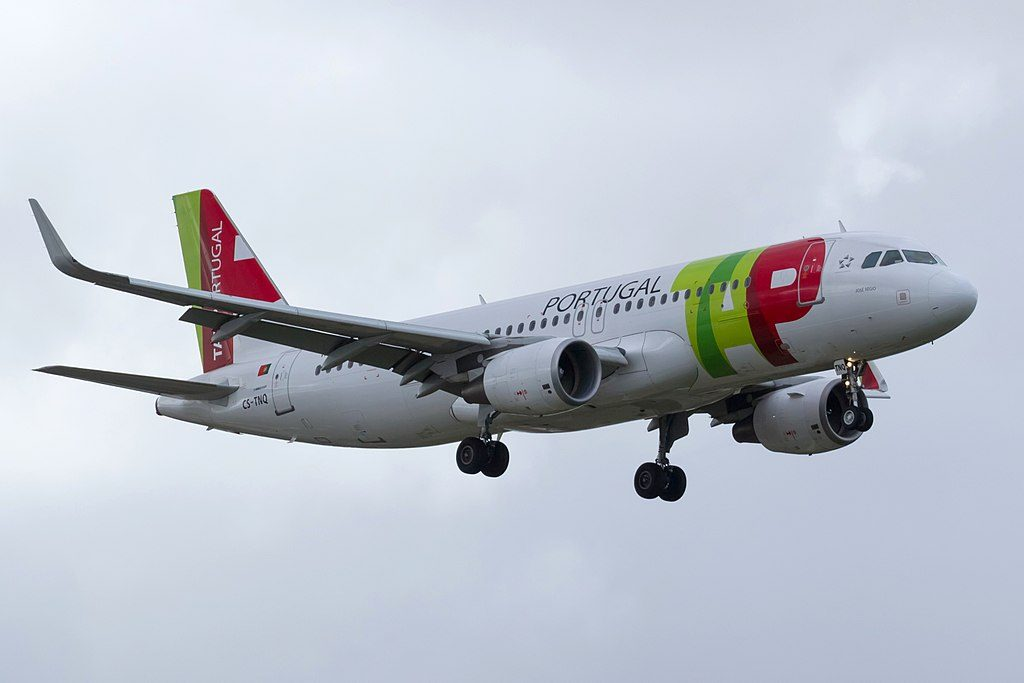 CS TNQ Airbus A320 214WL José Régio of TAP Portugal at Lisbon Portela Airport