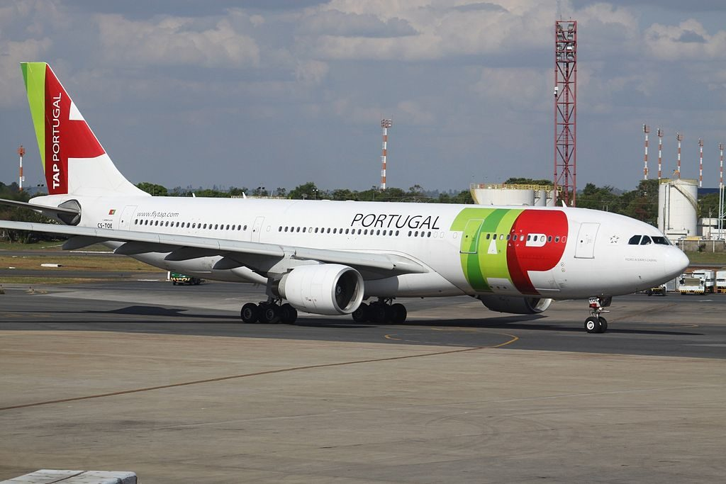 CS TOE Airbus A330 223 Pedro Alvares Cabral of TAP Portugal at Brasília International Airport