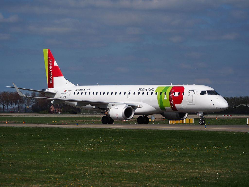 CS TPR TAP Express Portugália Leiria Embraer ERJ 190LR at Amsterdam Airport Schiphol