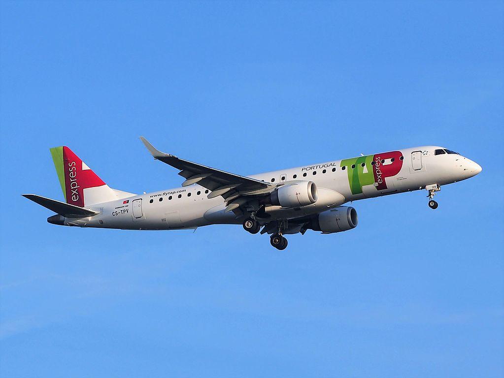CS TPV TAP Express Embraer ERJ 190LR Portugália Vila Real landing at Schiphol