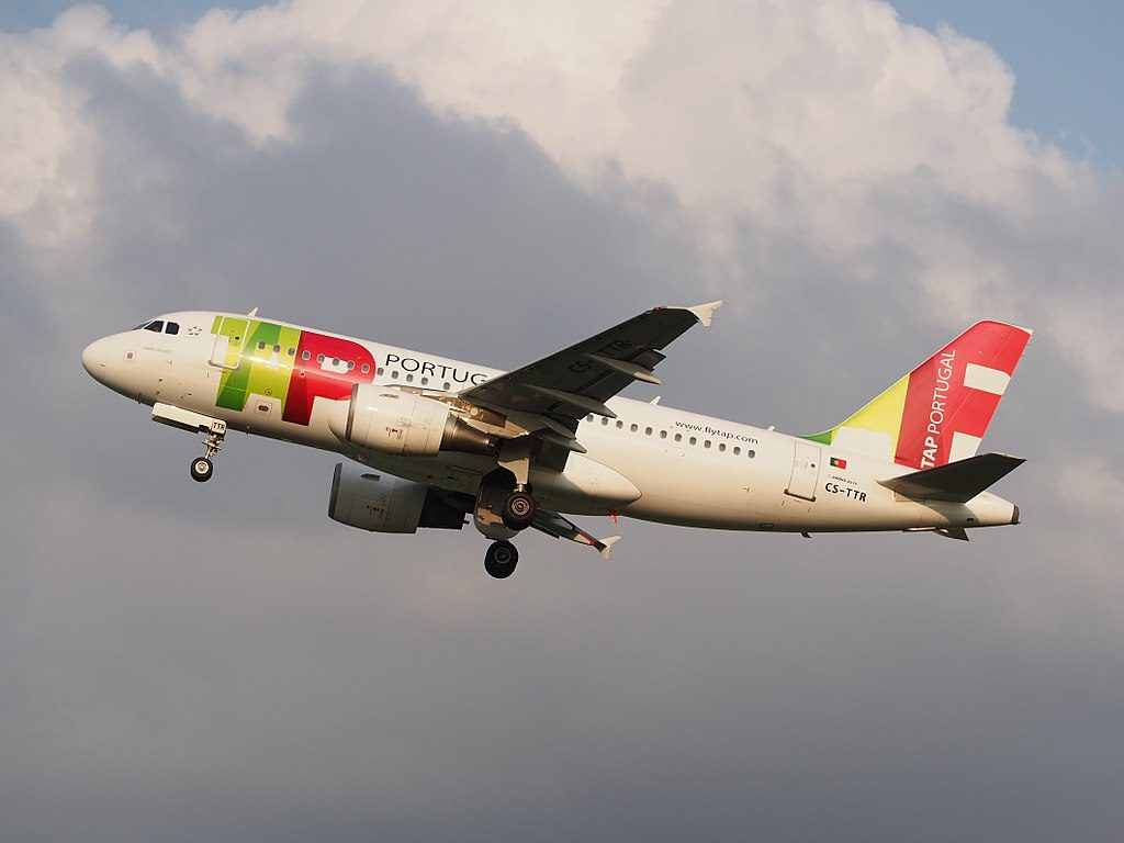 CS TTR TAP Air Portugal Airbus A319 112 Soares dos Reis takeoff from Schiphol