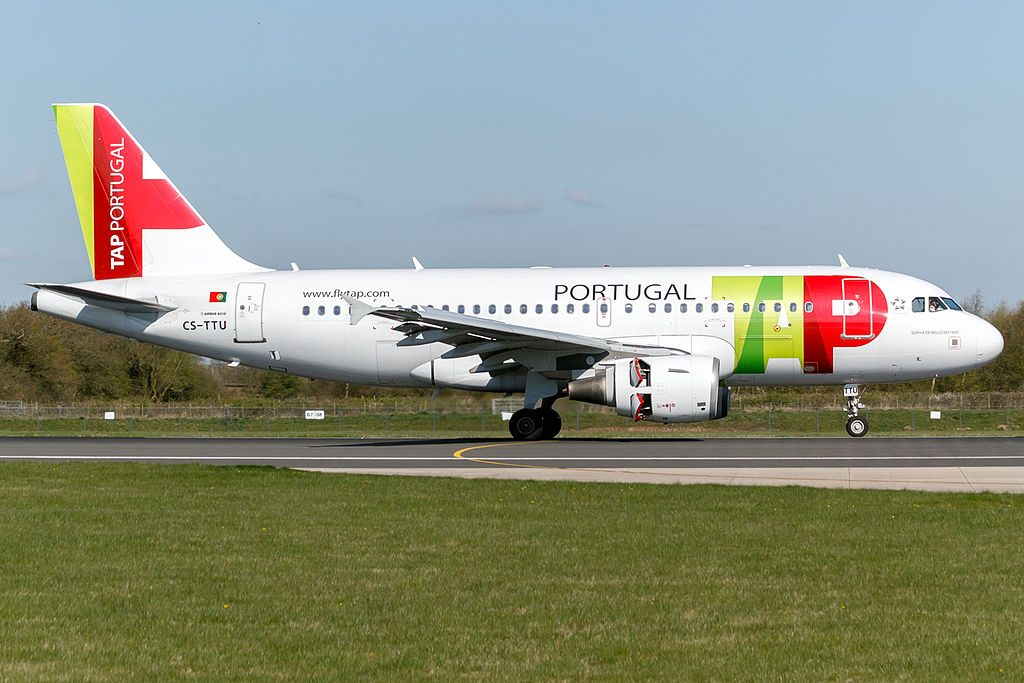 CS TTU TAP Portugal Airbus A319 112 Sophia de Mello Breyner at Manchester Airport