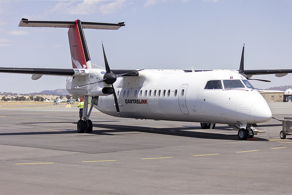 Eastern Australia Airlines QantasLink VH SBB de Havilland Canada DHC 8 315Q Armidale on the tarmac at Wagga Wagga Airport