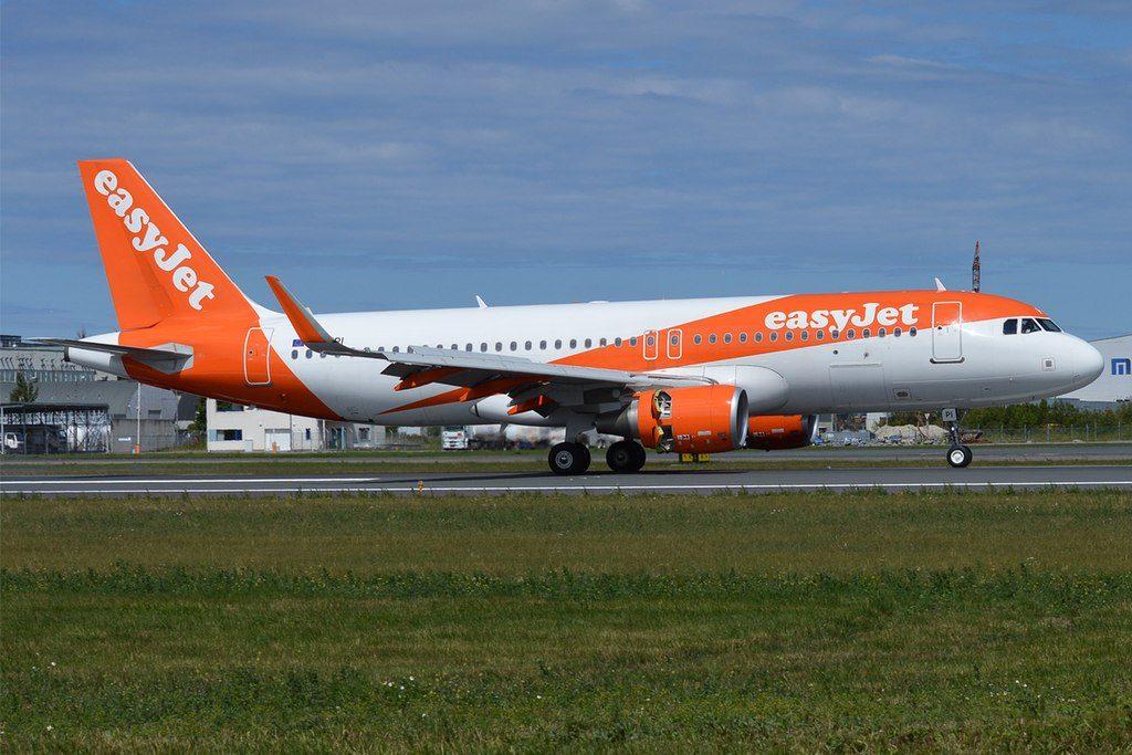 EasyJet G EZPI Airbus A320 214WL at Tallinn Airport