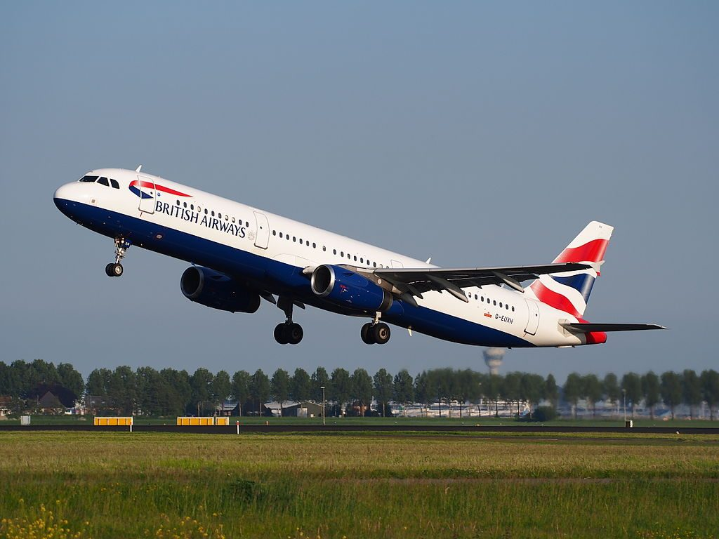 G EUXH British Airways Airbus A321 231 takeoff from Amsterdam Schiphol