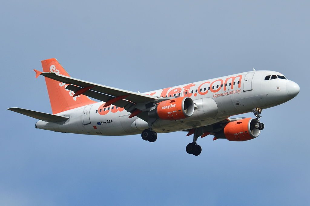 G EZAA Airbus A319 100 of EasyJet at Toulouse Blagnac International Airport