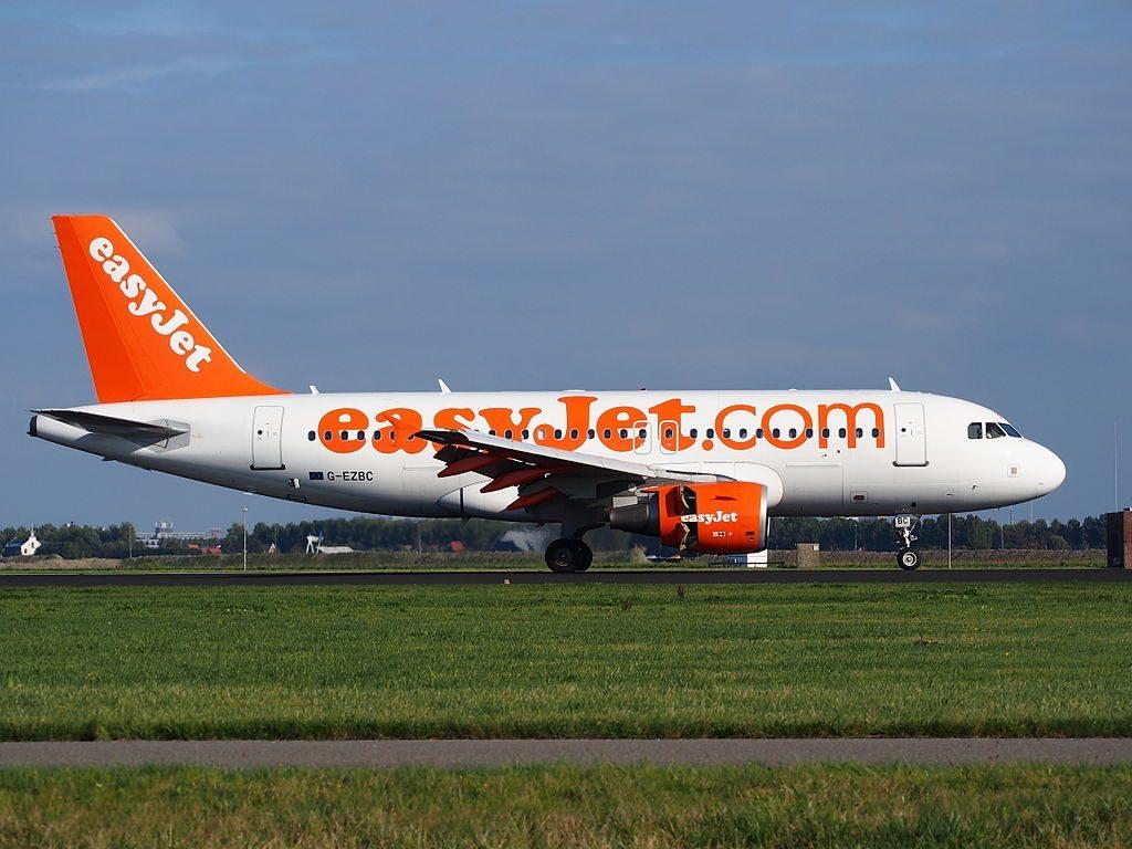 G EZBC easyJet Airbus A319 111 Mark McKee landing at Amsterdam Airport Schiphol