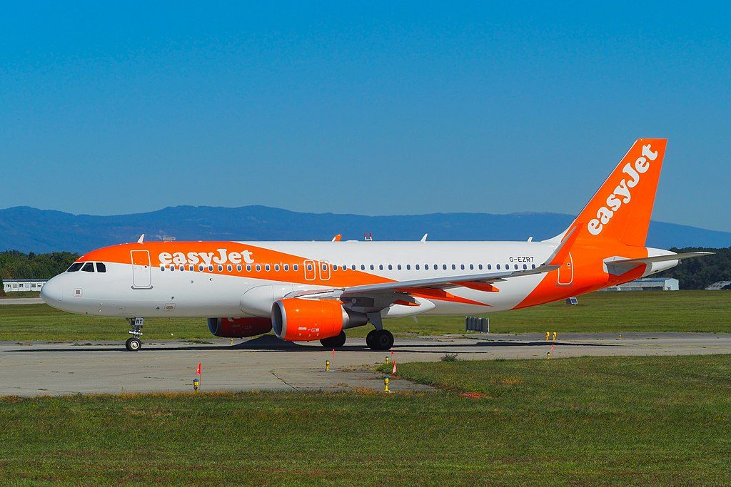 G EZRT Airbus A320 214WL EasyJet at Geneva International Airport