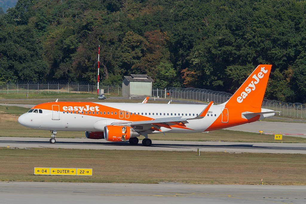 G EZRU Airbus A320 214WL of EasyJet at Geneva International Airport