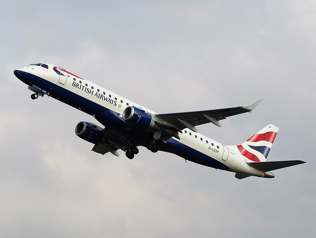 G LCYP British Airways CityFlyer Embraer ERJ 190SR takeoff from Schiphol runway 36L