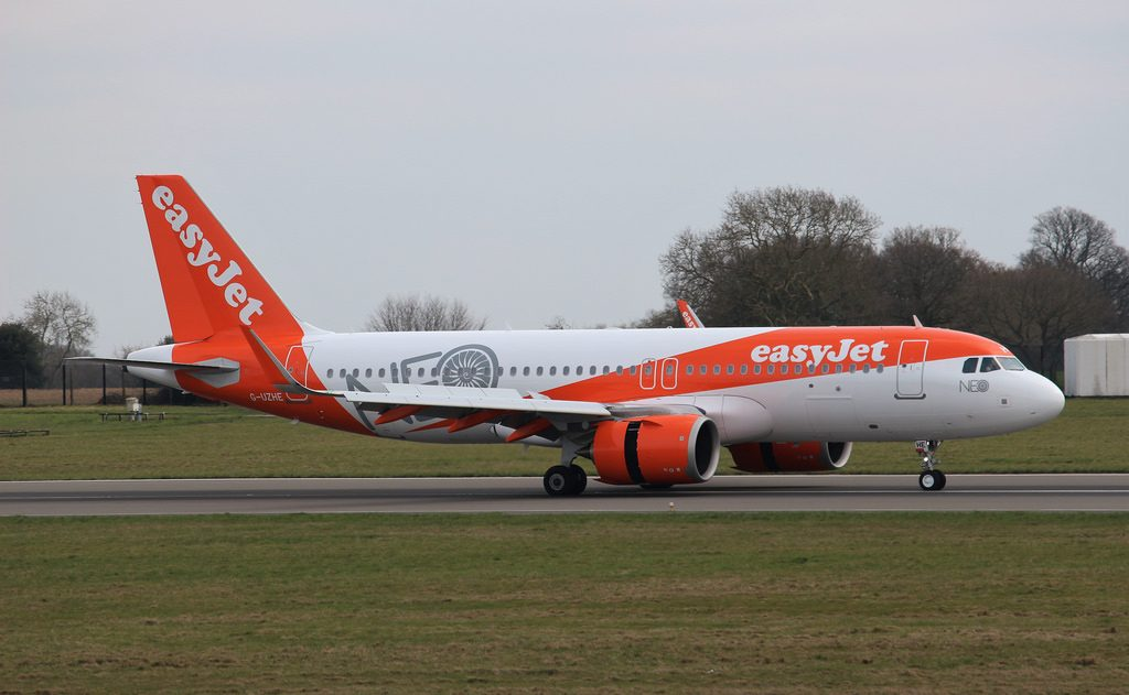 G UZHE Airbus A320 251N Easyjet at London Luton Airport