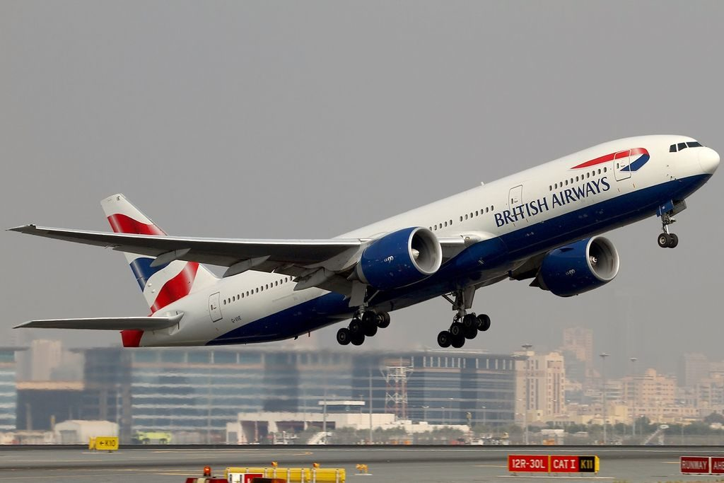 G VIIE Boeing 777 236ER British Airways at Dubai International Airport