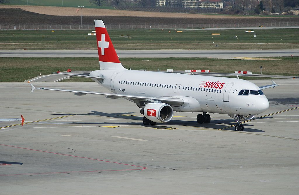 HB IJK Airbus A320 200 Murten of Swiss International Air Lines at Geneva International Airport