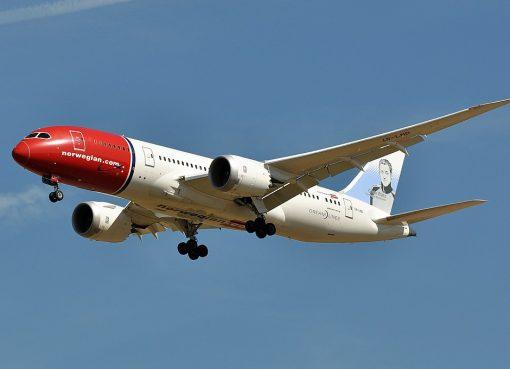 Norwegian Boeing 787 8 Dreamliner LN LND Grete Waitz at Charles de Gaulle Airport