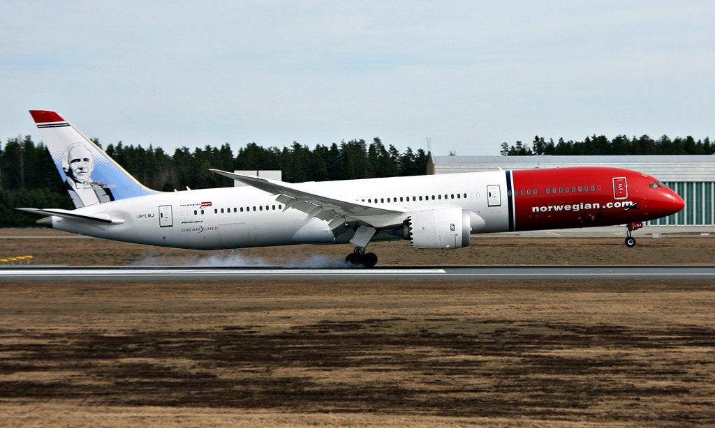 Norwegian Boeing 787 9 Dreamliner LN LNJ Ole Bull at Oslo Airport