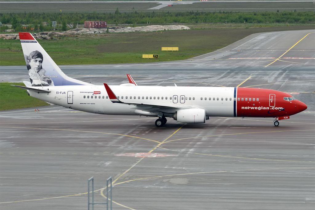 Norwegian EI FJA Boeing 737 8JPWL Knud Rasmussen at Helsinki Vantaa Airport