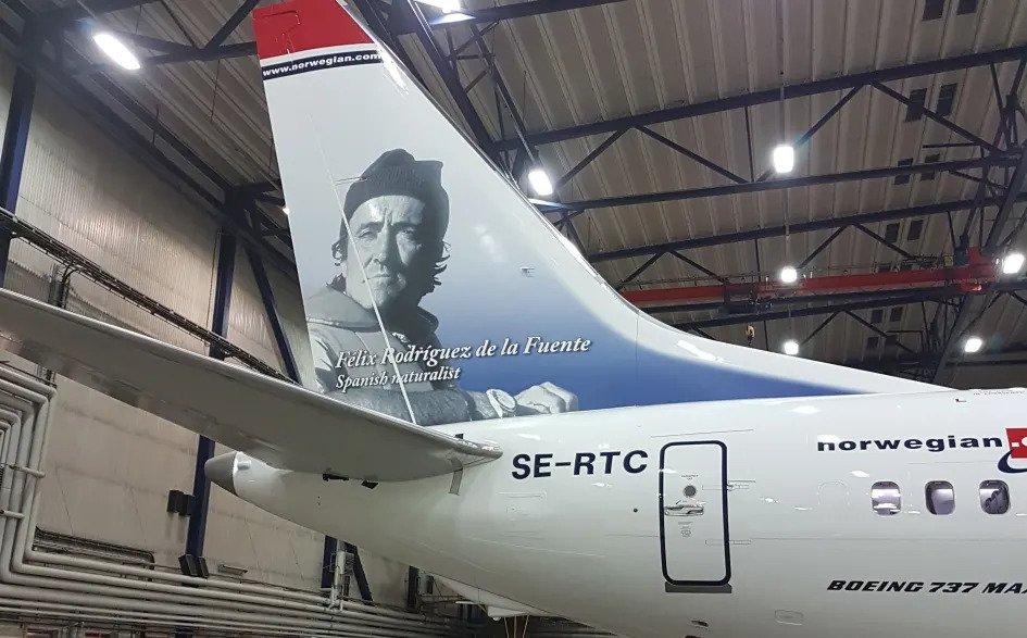 Norwegian SE RTC Rodríguez de la Fuente Boeing 737 MAX 8
