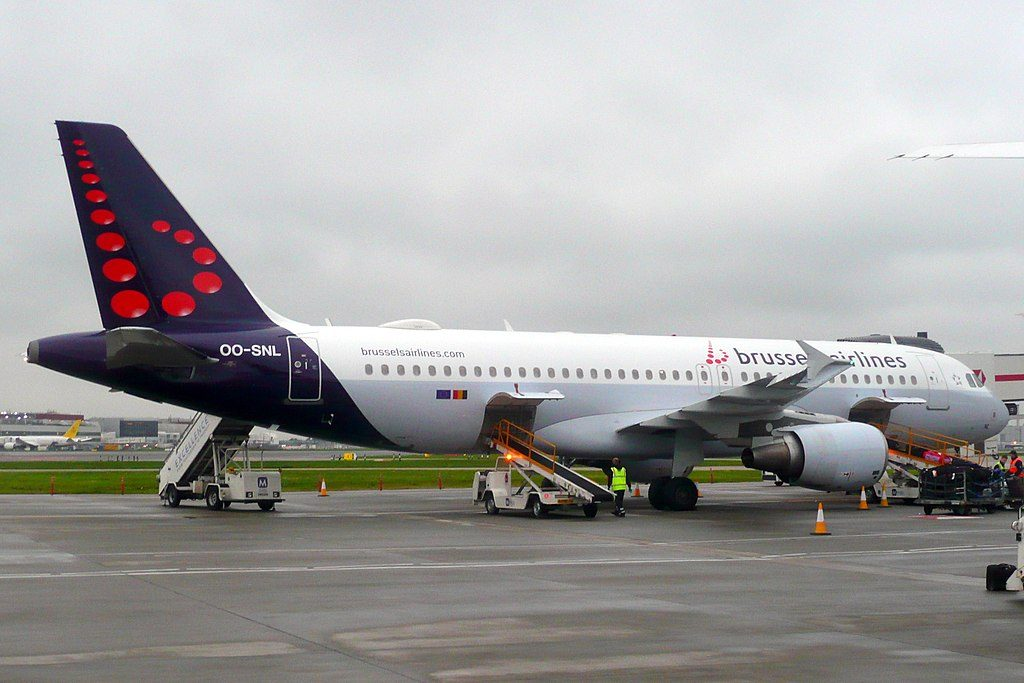 OO SNL Airbus A320 214 of Brussels Airlines at London Heathrow Airport