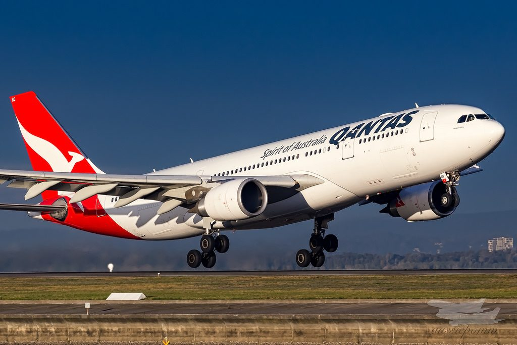Qantas VH EBQ Airbus A330 200 Wolgan Valley departing from 34R Sydney Airport