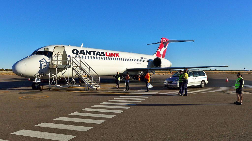 QantasLink Boeing 717 23S VH NXE Alice Springs Airport