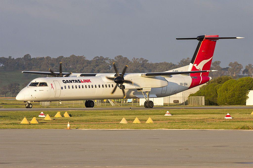 QantasLink VH QOA Bombardier DHC 8 402Q Gladstone taxiing at Wagga Wagga Airport