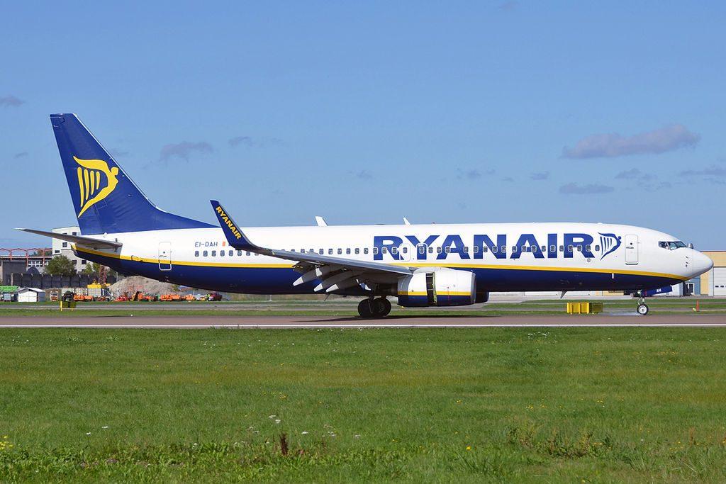 Ryanair EI DAH Boeing 737 8ASWL at Tallinn Airport