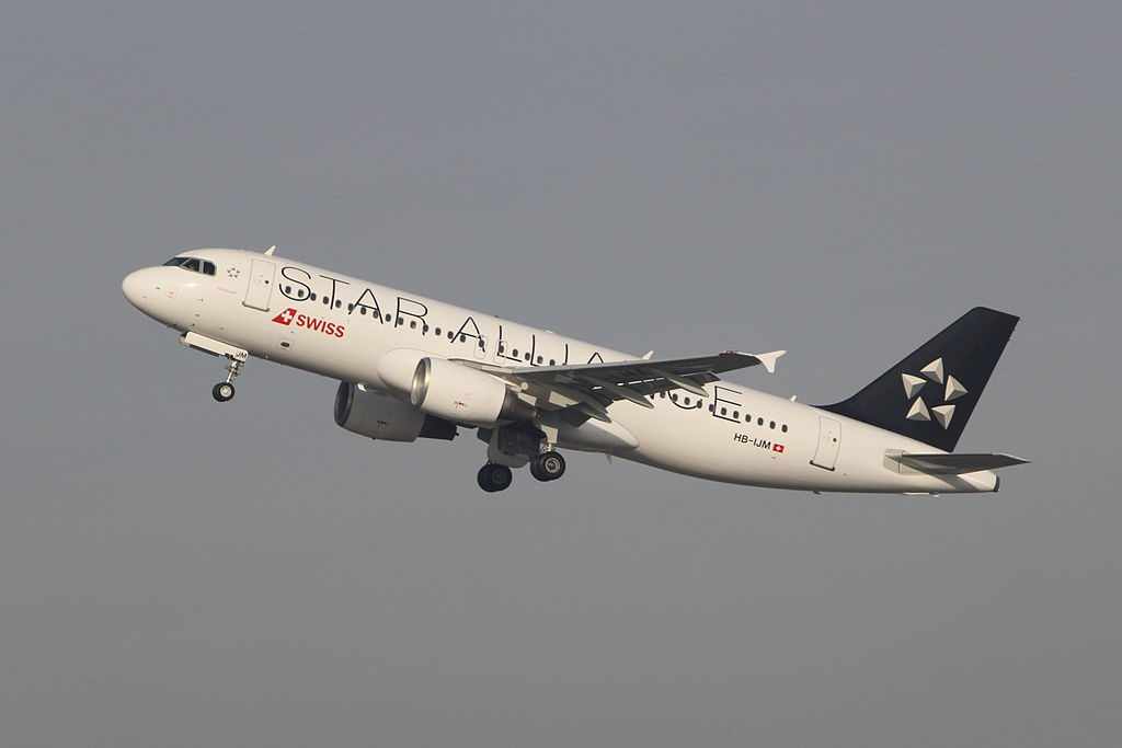 SWISS Airbus A320 214 Star Alliance livery HB IJM Richterswil at Zürich International Airport