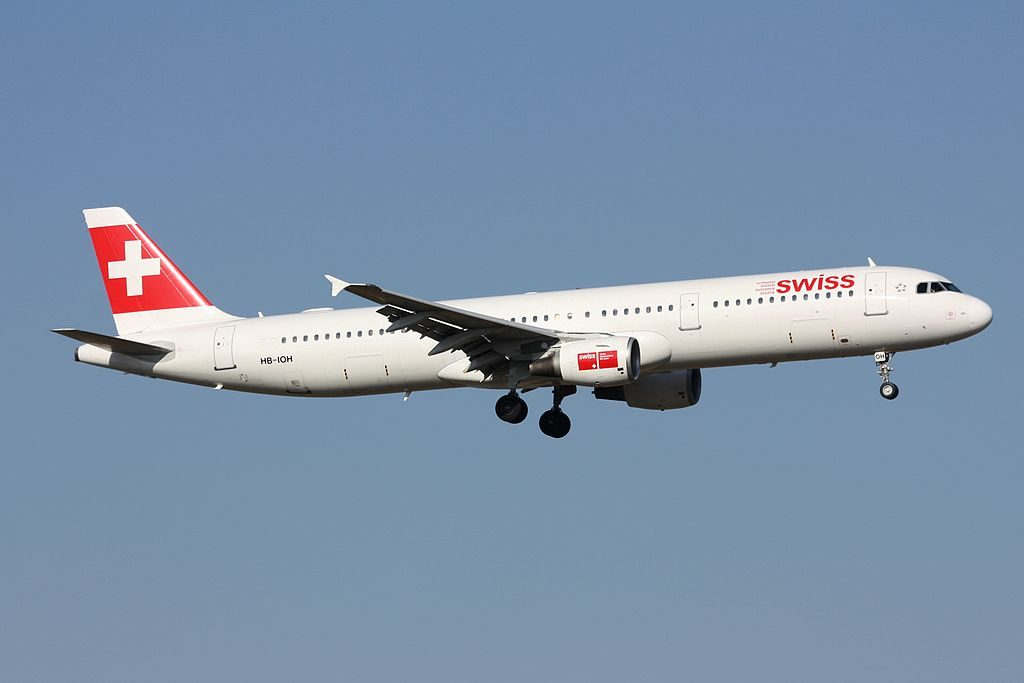 Swiss International Air Lines Airbus A321 111 HB IOH Wengen at Zurich International Airport