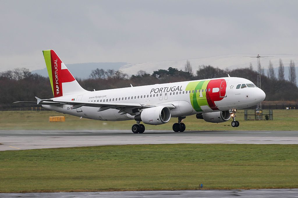 TAP Air Portugal Airbus A320 214 CS TNN Gil Vicente at Manchester Airport