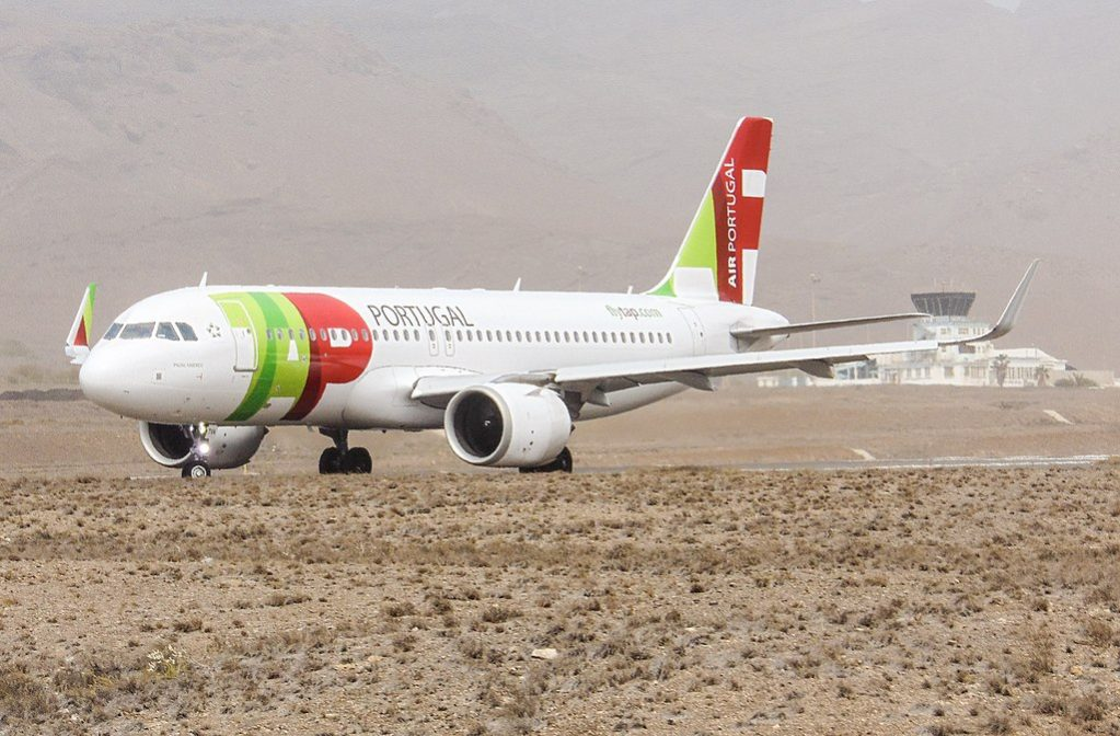 TAP Air Portugal Airbus A320neo CS TVA on the runway at São Vicente airport