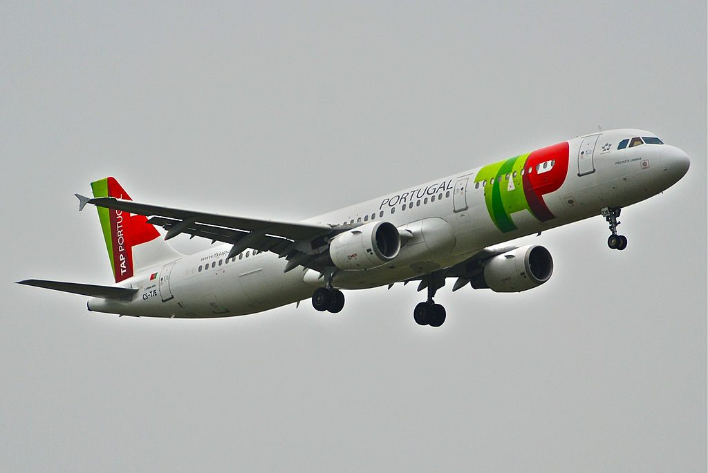 TAP Air Portugal Airbus A321 211 CS TJE Pero Vaz de Caminha at Zurich International Airport