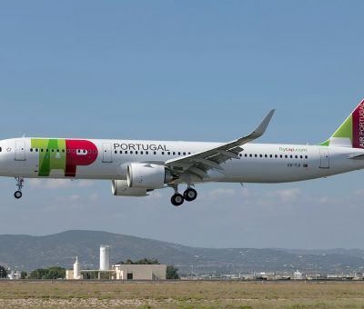 TAP Air Portugal Airbus A321 251N Júlio Pomar at Faro Airport