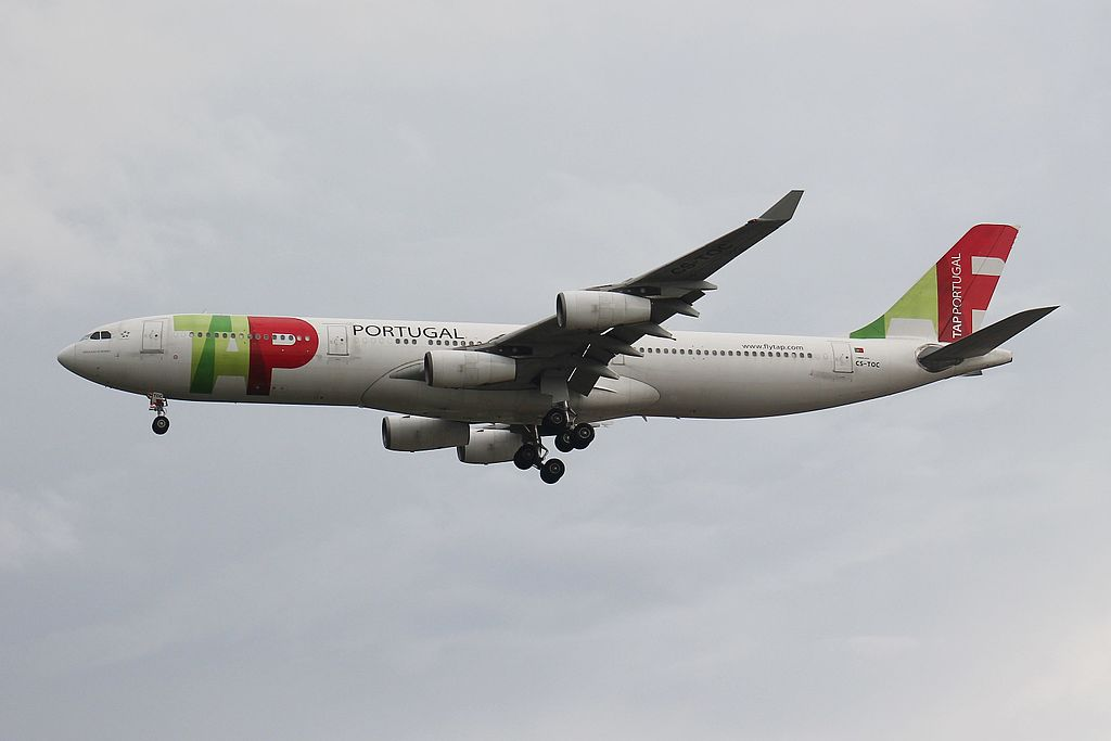 TAP Air Portugal Airbus A340 312 CS TOC Venceslau de Moraes