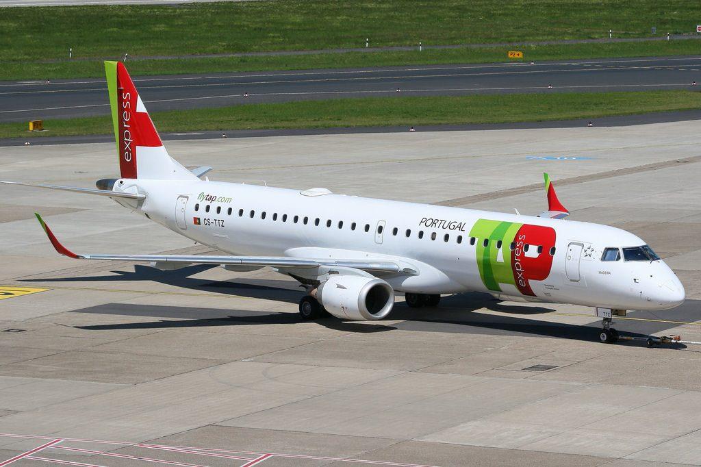 TAP Express Embraer E195 CS TTZ Portugália Madeira at Düsseldorf Airport