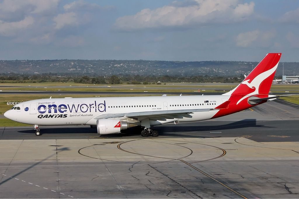 VH EBL Qantas Airbus A330 200 Oneworld livery Whitsundays at Perth Airport
