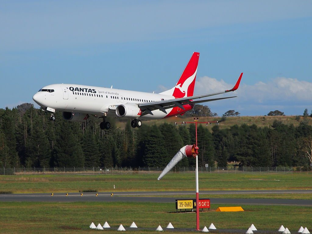 VH VXA Broome Boeing 737 838WL Qantas landing at Canberra Airport