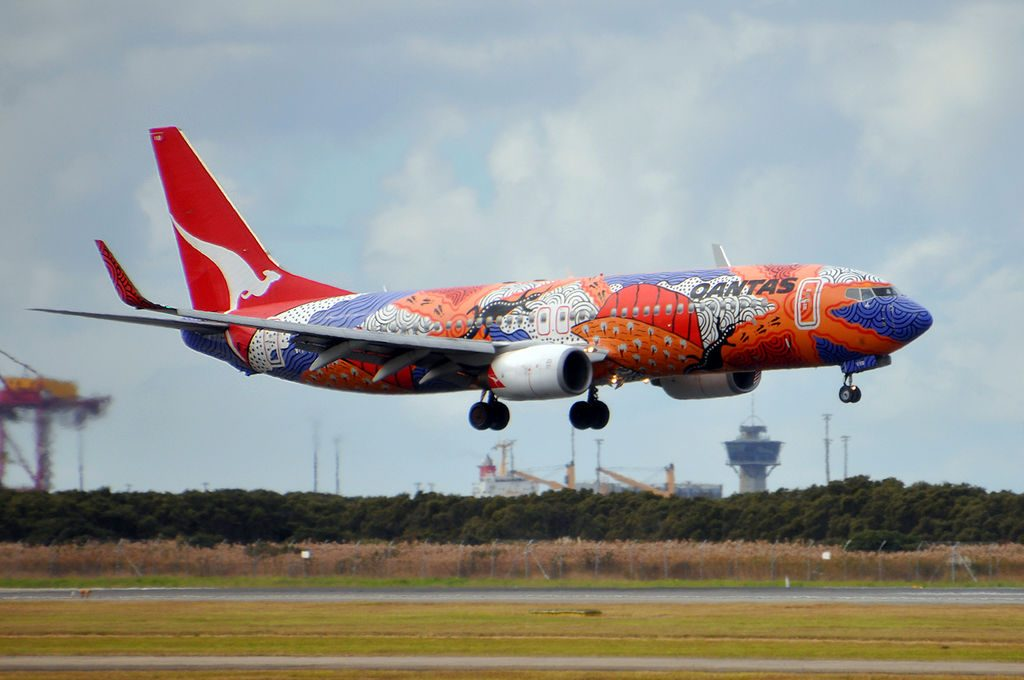 VH VXB Yananyi Dreaming Boeing 737 838WL Qantas at Brisbane Airport