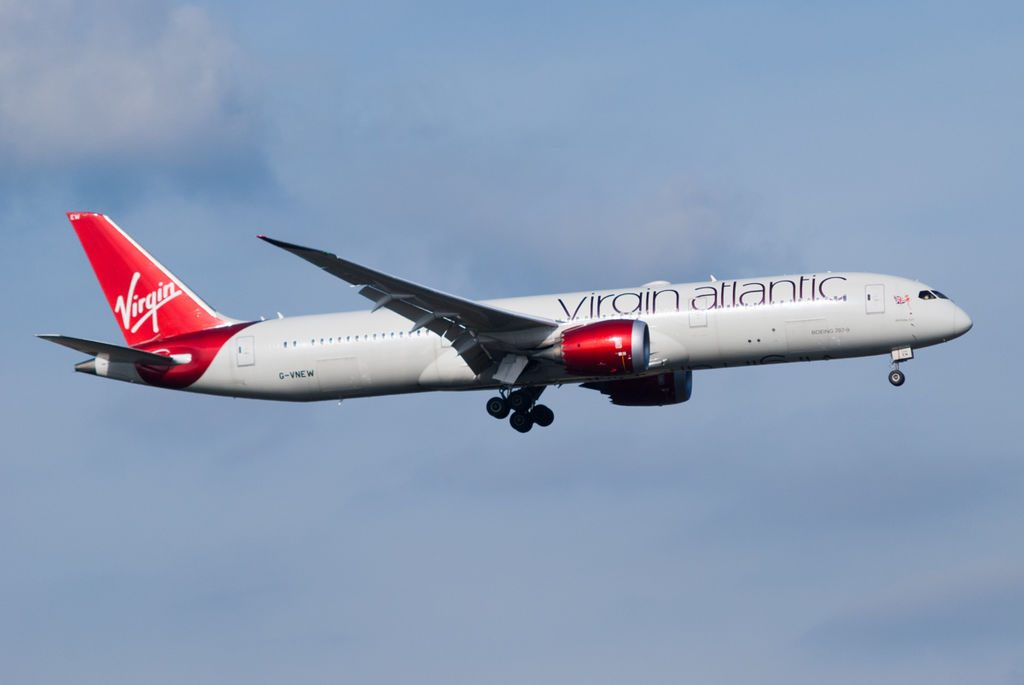Virgin Atlantic G VNEW Boeing 787 9 Dreamliner Birthday Girl arriving at Heathrow