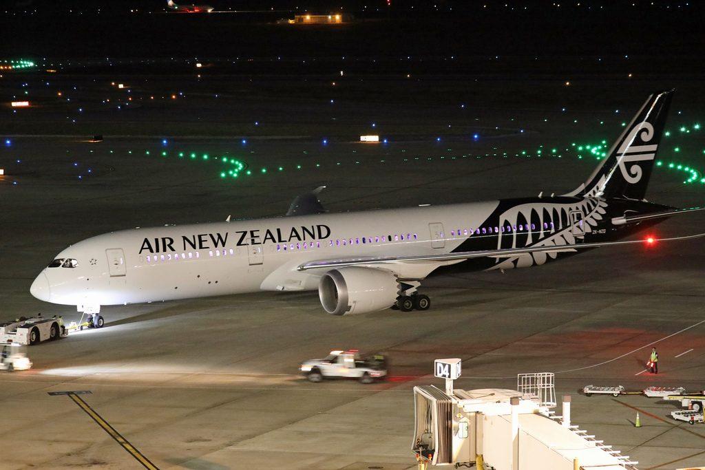 ZK NZQ Boeing 787 9 Dreamliner of Air New Zealand at Houston Bush Intercontinental