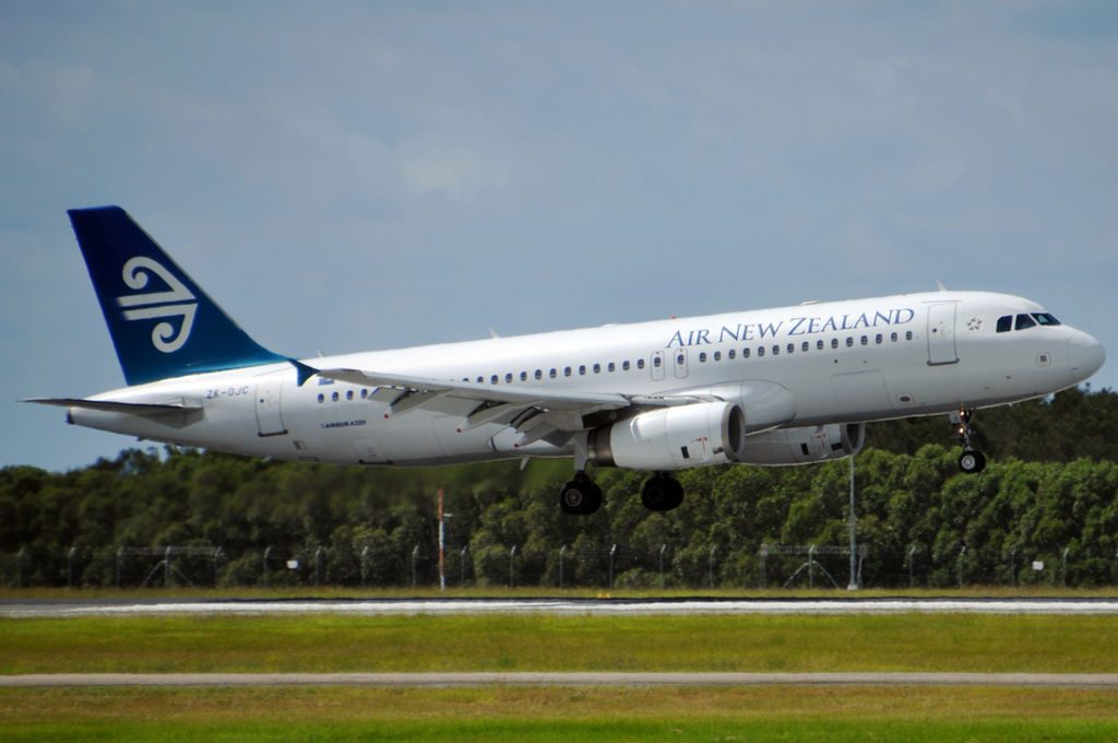 ZK OJC Airbus A320 232 Air New Zealand at Brisbane Airport