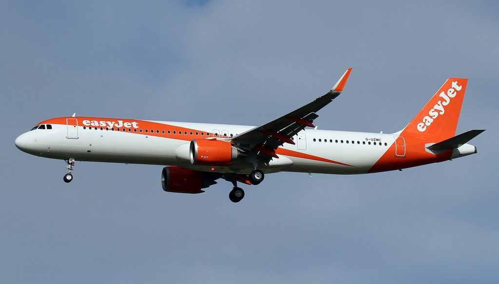 easyJet Airbus A321neo G UZMC at London Gatwick