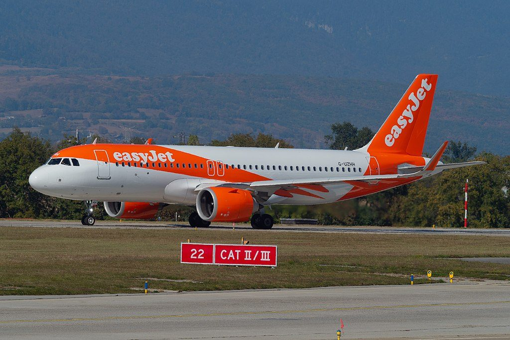 easyJet G UZHH Airbus A320 251N at Geneva International Airport