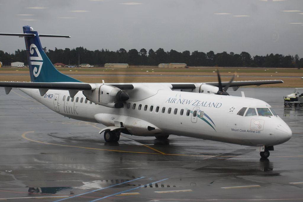 ATR 72 500 Air New Zealand Link ZK MCP at Christchurch International