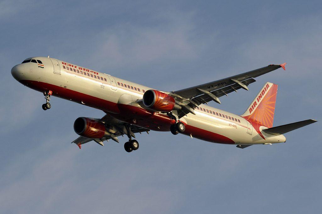 Air India Airbus A321 211 VT PPL