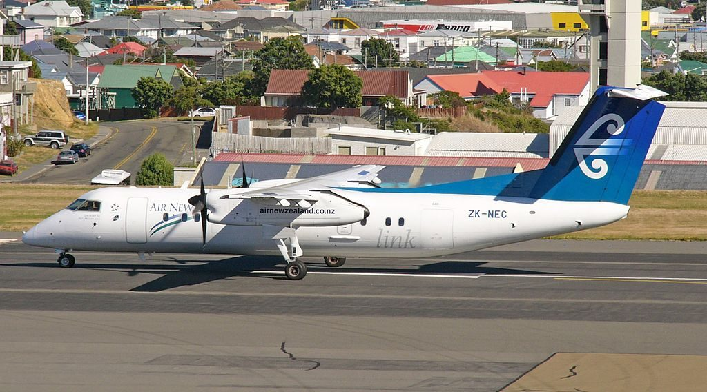 Air New Zealand Link Air Nelson ZK NEC De Havilland Canada DHC 8 300 at Wellington International Airport