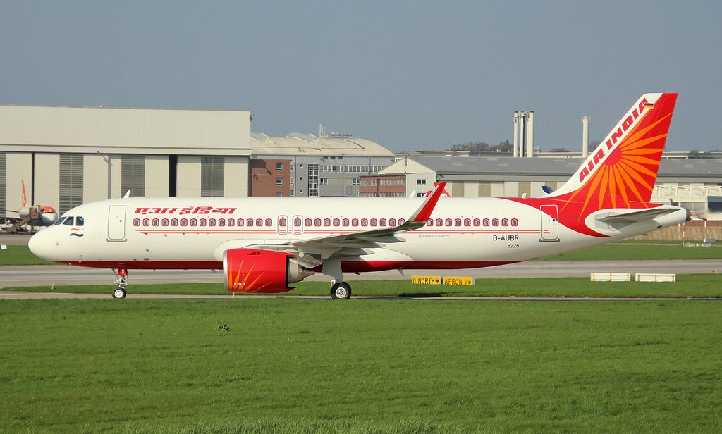 Airbus A 320 251N VT CIO Air India at Hamburg Finkenwerder