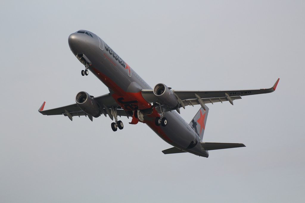 Airbus A321 231WL Jetstar VH VWQ