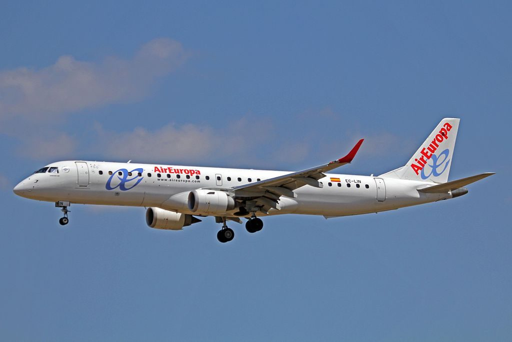 EC LIN Embraer 195 of Air Europa Express at Palma de Mallorca Airport