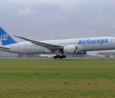 EC MTI Air Europa Boeing 787 9 Dreamliner at Amsterdam Schiphol