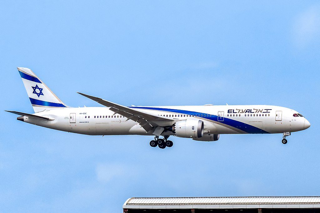 EL AL Boeing 787 9 Dreamliner 4X EDE Bat Yam at Hong Kong International Airport